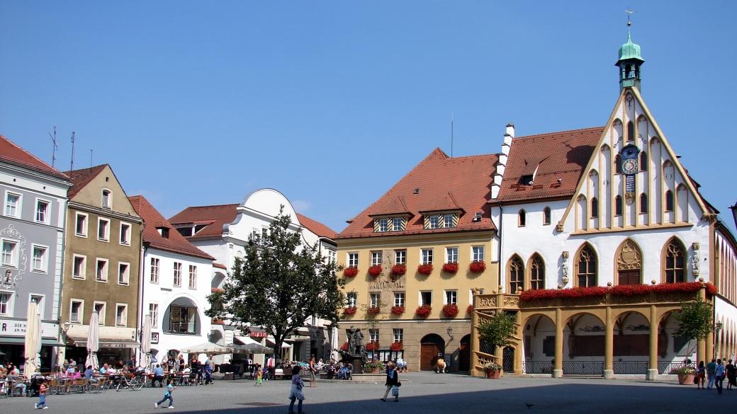 amberg_rathaus_am_marktplatz_01[1]