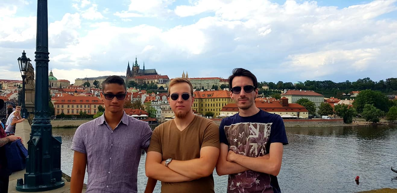 a-young-italian-man-plummeted-from-a-seventh-floor-hotel-in-poland-because-of-a-broken-heart-first-responders-found-traces-of-darknet-lsd-and-alcohol-interview-of-witness-included